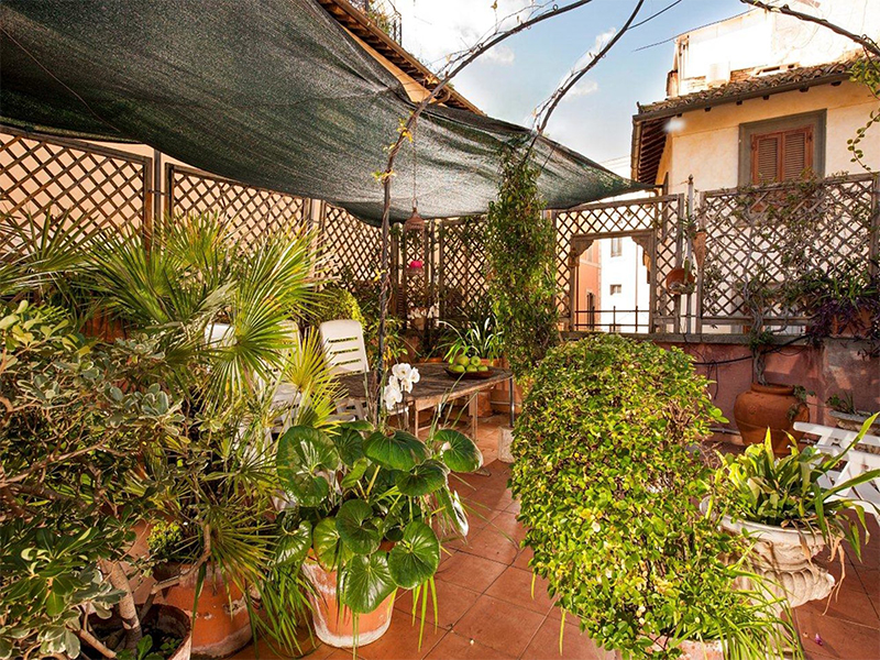 holiday-suite-in-rome-campo-de-fiori-via-san-salvatore-in-campo-close-to-piazza-navona